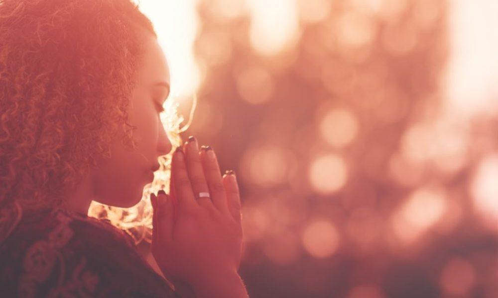 Você acha que Deus não está ouvindo suas preces?