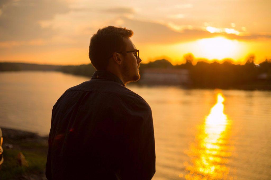 O silêncio como resposta: elevação espiritual em nosso dia a dia